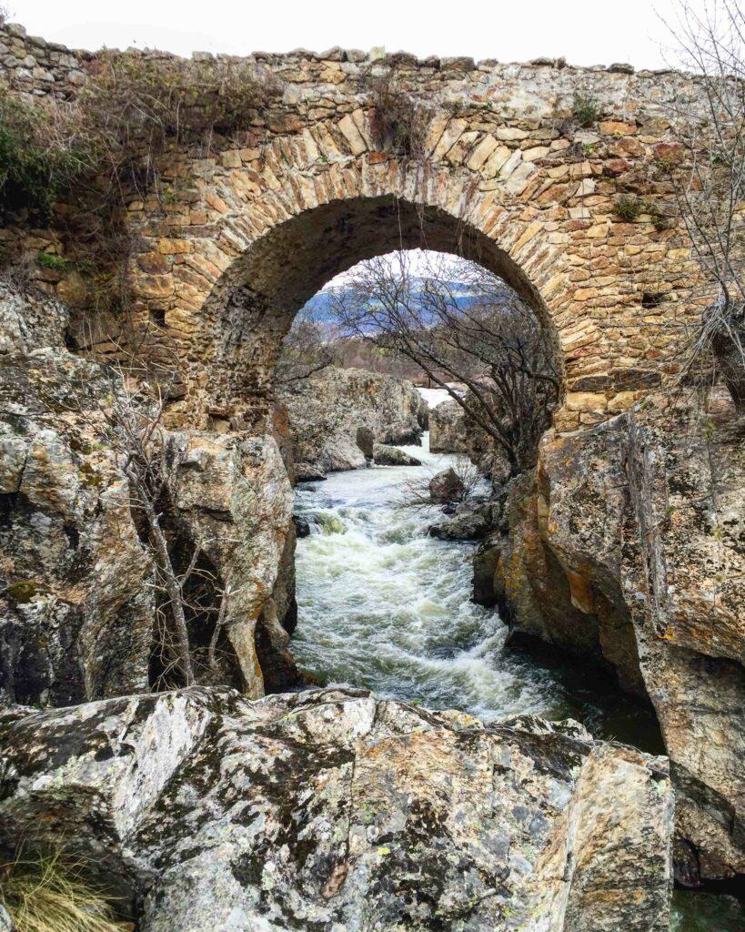 Puente Río Lozoya